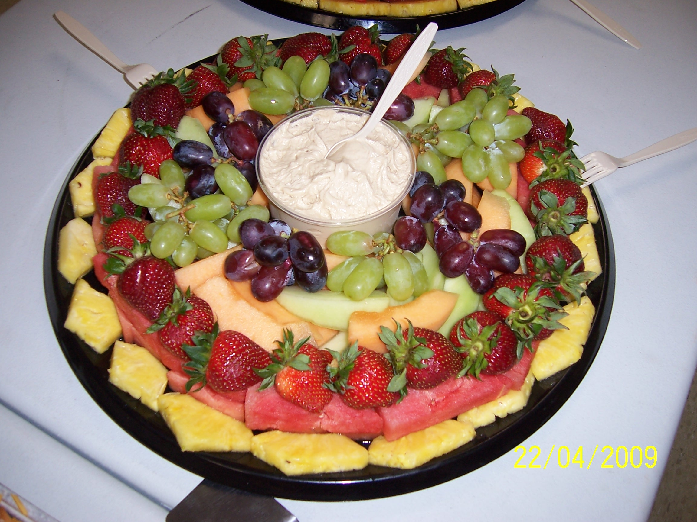 Fresh Fruit Tray with Dip